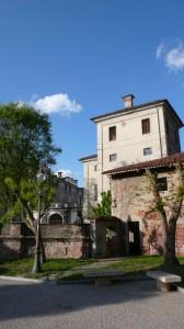 2 - vista piazza dei forni castello romagnano